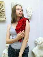 Валяный шарф. Королевский красный